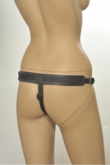 Кожаные трусики с плугом Kanikule Leather Strap-on Harness Anatomic Thong
